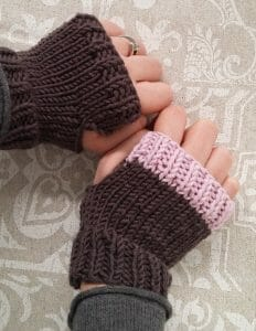 fingerless mitts, free pattern