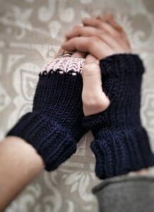 Spiegazione, modello per guanti ai ferri