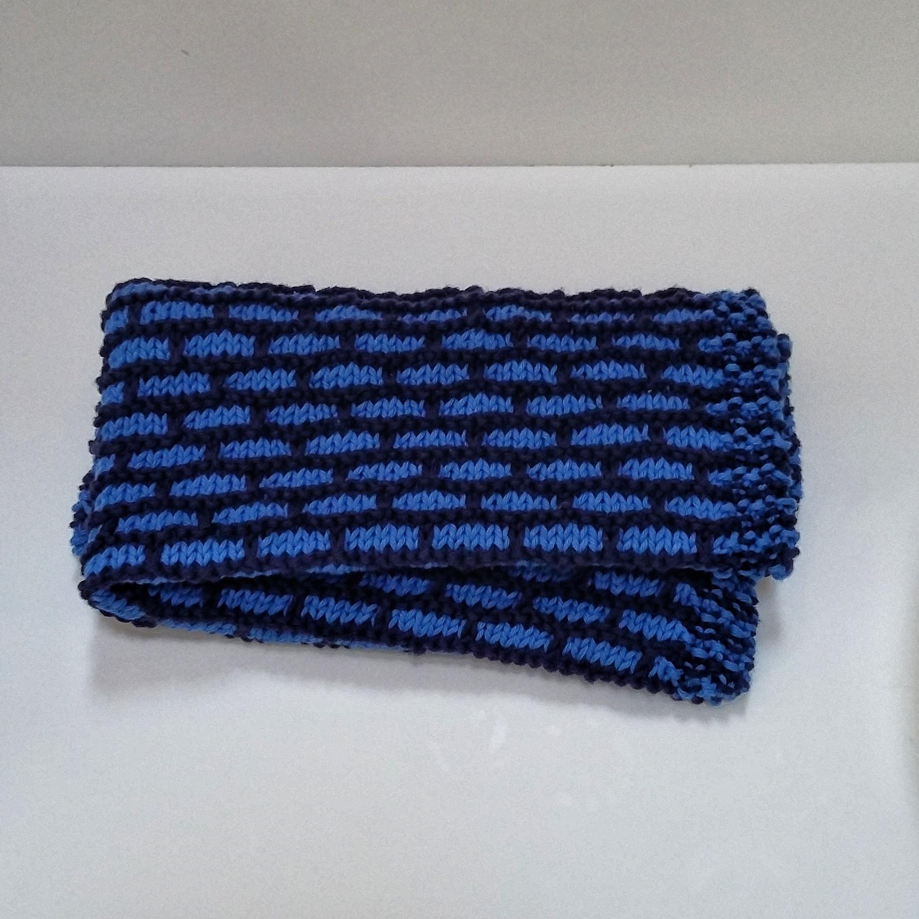 grande sconto nuovi arrivi scegli l'autorizzazione copertina mattoncini ai ferri blu - FromAnnA'sHands